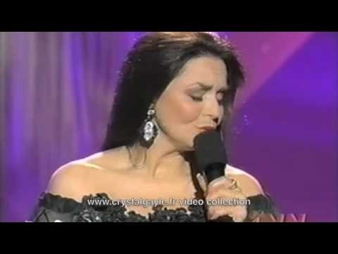 Crystal Gayle Booking Agency | Crystal Gayle Event Booking
