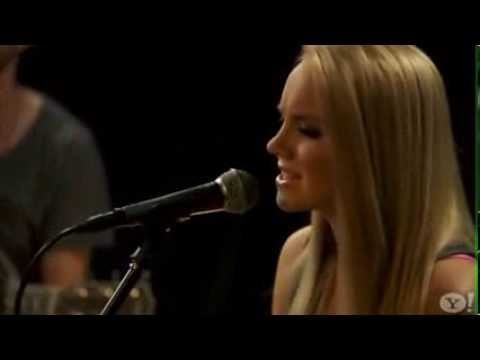 Danielle Bradbery Booking Agency | Danielle Bradbery Event Booking