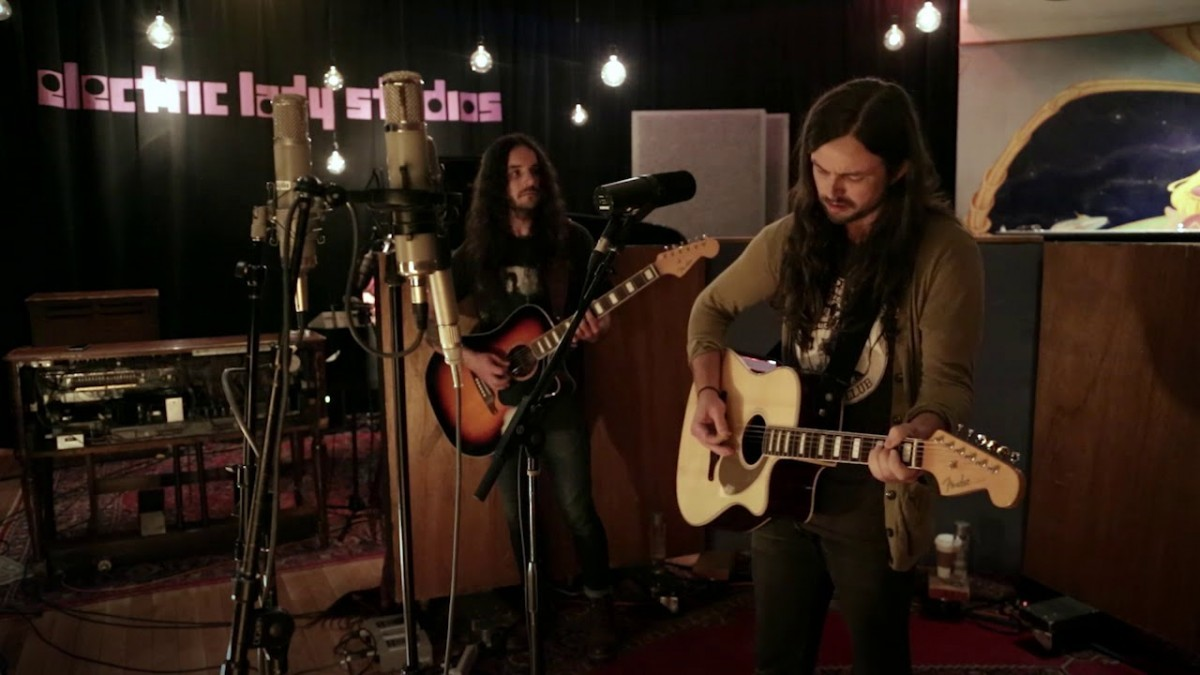 J. Roddy Walston & The Business Booking Agency | J. Roddy Walston & The Business Event Booking