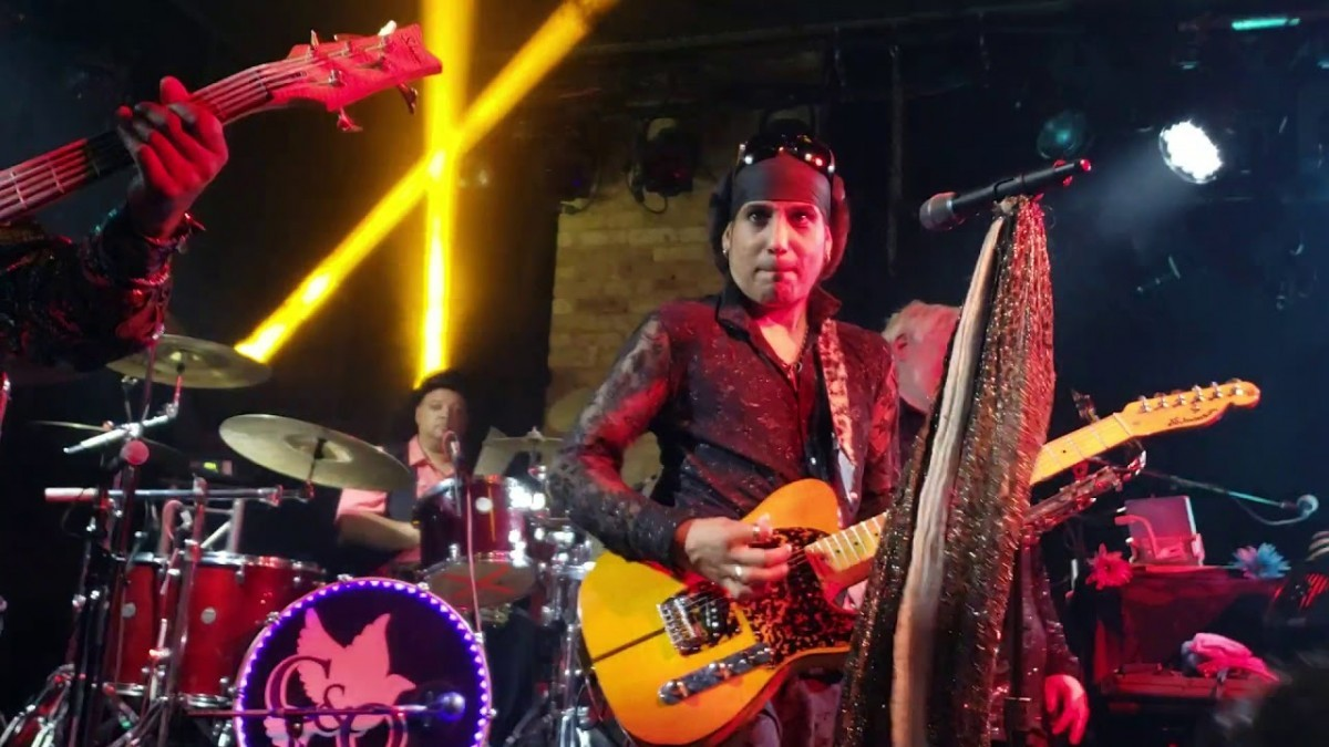 Chase & Ovation – Prince Tribute Band Booking Agency