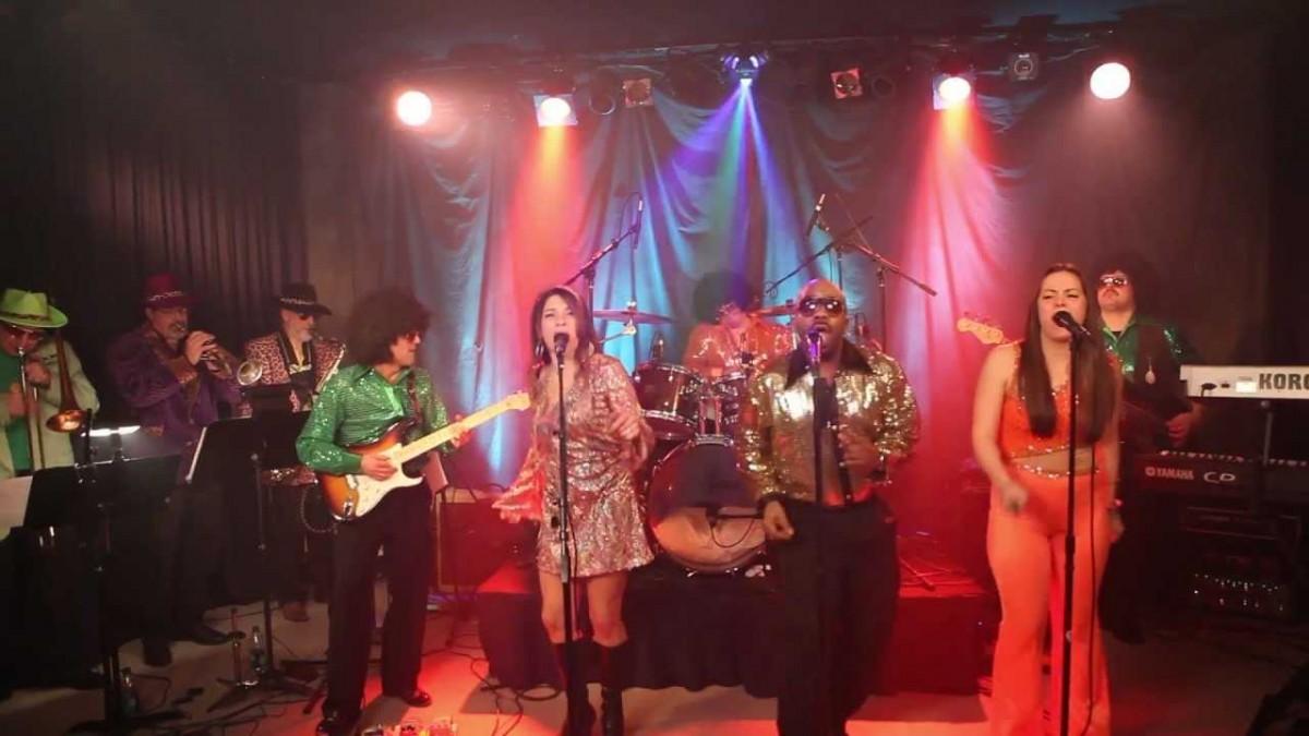 Dancin Machine – Disco Tribute Band Booking Agency