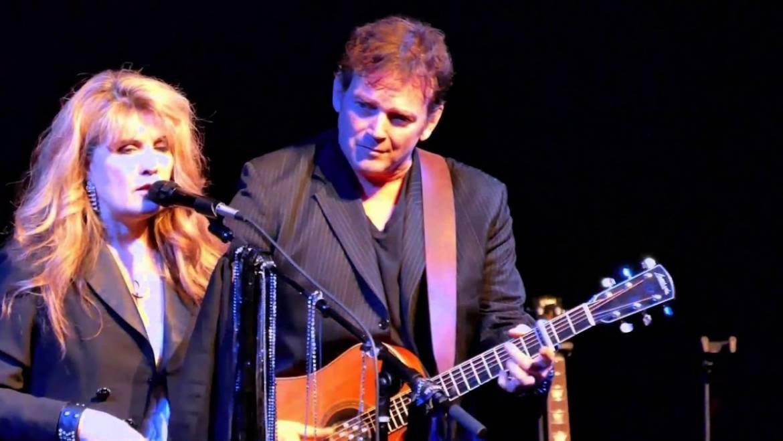 Landslide – Fleetwood Mac Tribute Band Booking Agency
